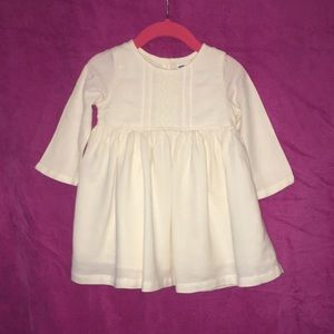 Old navy ivory dress